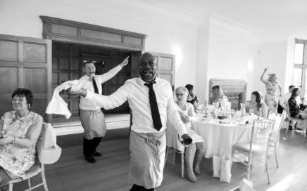 Swinging Singing Waiters